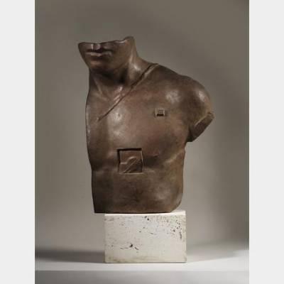 Igor MITORAJ (1944-2014) - Aescelpios - Sculpture en bronze à patine marron