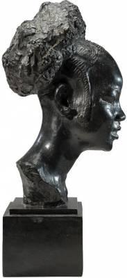 Anna Quinquaud, une sculptrice en Afrique