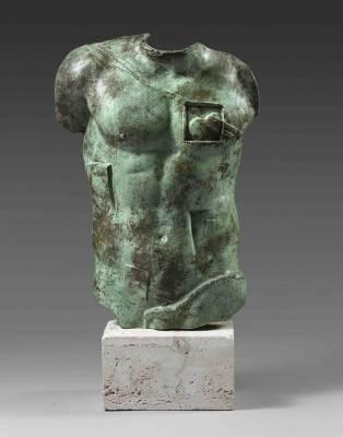 Igor Mitoraj, sculpture, Persée, vente aux enchères