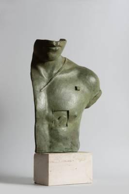 Igor Mitoraj Aesclepios, bronze à patine lave