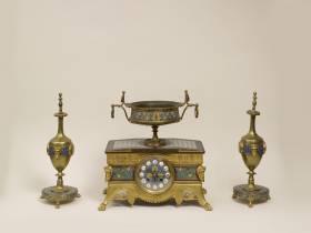 Barbedienne, Sevin, garniture de cheminée, vente aux enchères