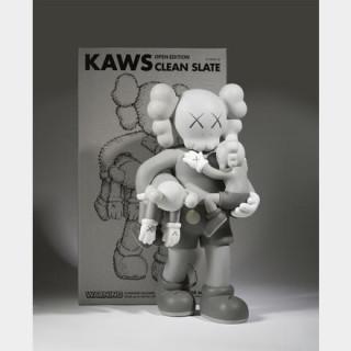 KAWS (1974) - Clean Slate (Grey), 2018 - Figurine en vinyle peint