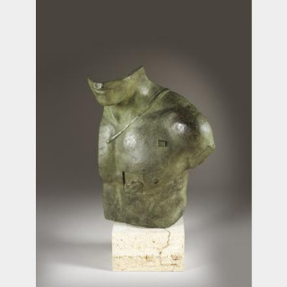 Igor Mitoraj - Aesclepios - Sculpture en bronze à patine verte