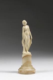Demeter Chiparus, femme à la draperie, sculpture