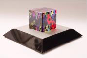 Yayoi Kusama, cube love is calling