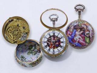 Rare montre bassine en or 750 millièmes, entièrement décorée de miniatures