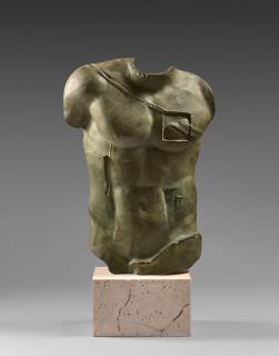 Igor Mitoraj, Persée, sculpture en bronze