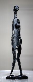 Robert Couturier, femme debout, sculpture