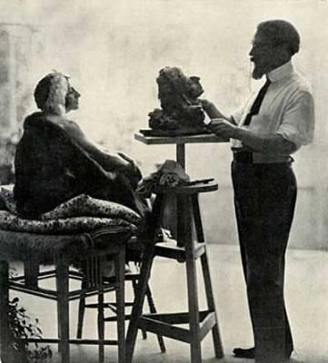 Soudbinine, sculpteur